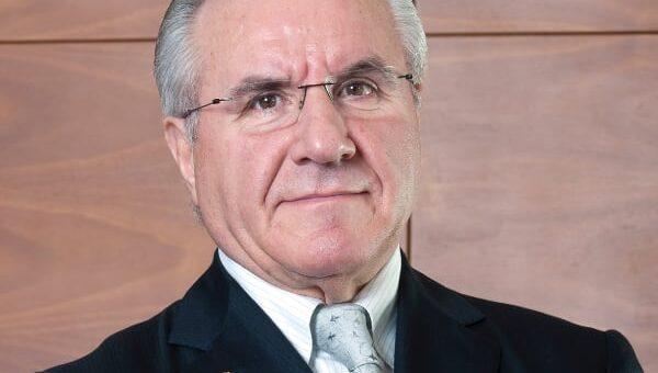 Il presidente della Repubblica Mattarella nomina l'imprenditore Faraotti della Fainplast cavaliere del lavoro.